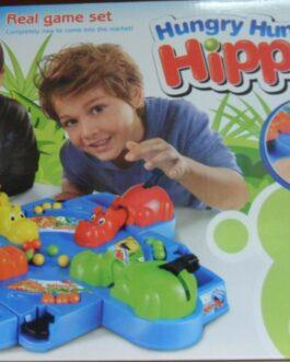 Hipopótamos come bolas
