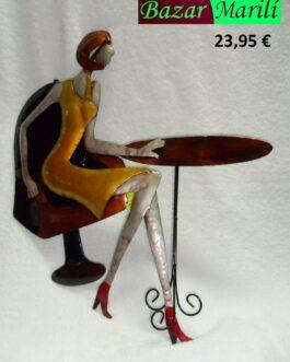 Figura decorativa de metal