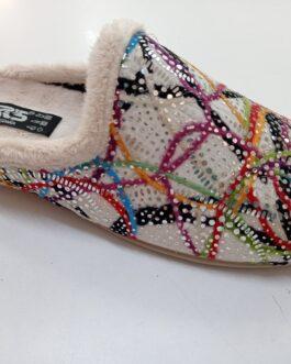 Zapatilla color crudo